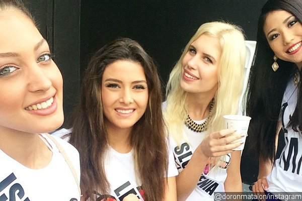 miss-lebanon-saly-greige-criticized-after-posing-for-selfie-with-miss-israel-doron-matalon