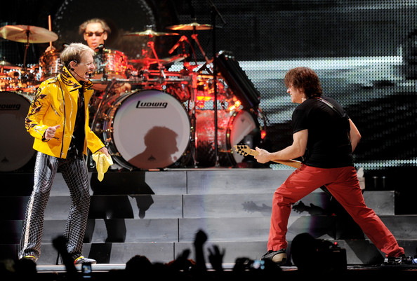 Alex+Van+Halen+Van+Halen+Dress+Rehearsal+Forum+U6JdLbwAEPal