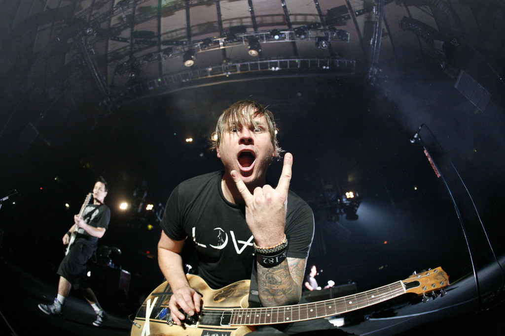 NEW YORK - OCTOBER 04: Tom DeLong of Blink-182 performs at Madison Square Garden on October 4, 2009 in New York City. (Photo by Cory Schwartz/Getty Images)
