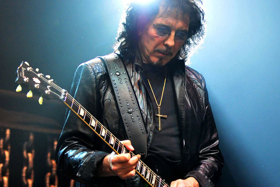 tony-iommi-press-pic