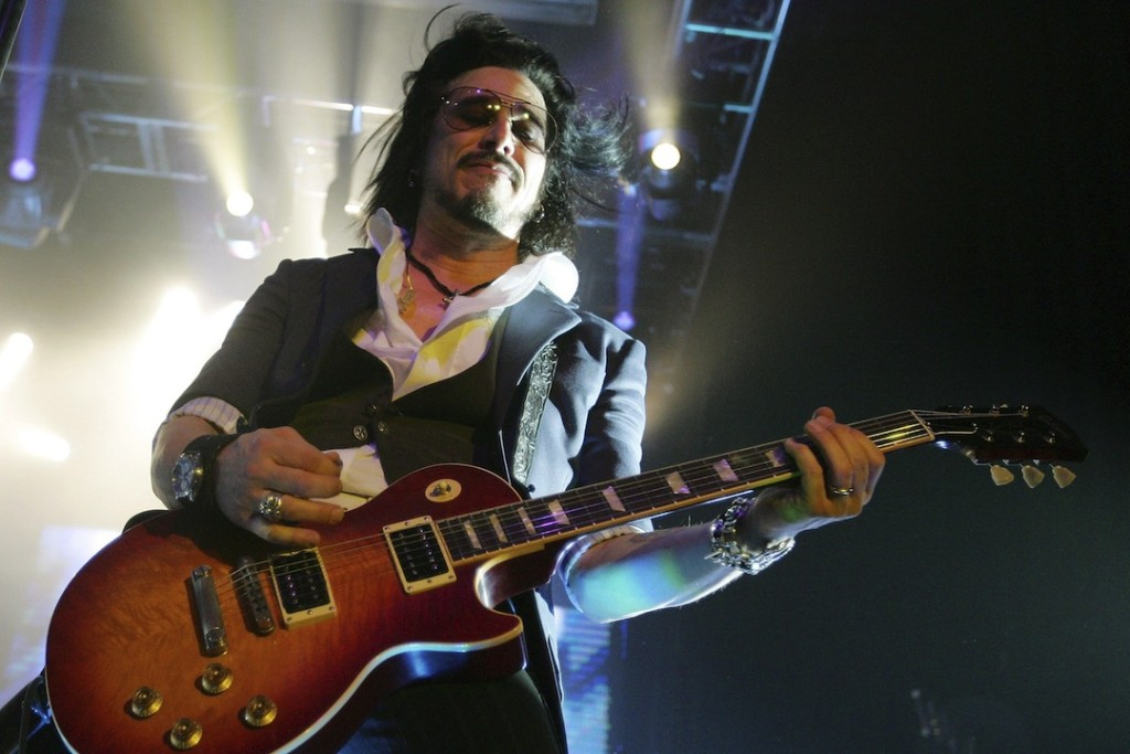 LAS VEGAS - JANUARY 01:  Rock Star Supernova guitarist Gilby Clarke performs at The Joint inside the Hard Rock Hotel & Casino January 1, 2007 in Las Vegas, Nevada. The band is touring in support of its self-titled debut album.  (Photo by Ethan Miller/Getty Images)