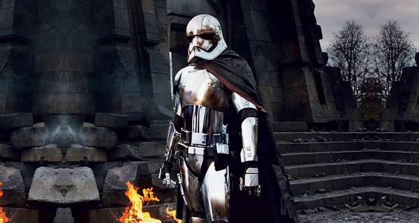 star-wars-vii-chrome-trooper-captain-phasma-secretly-a-dark-side-user-not-a-sith-lord