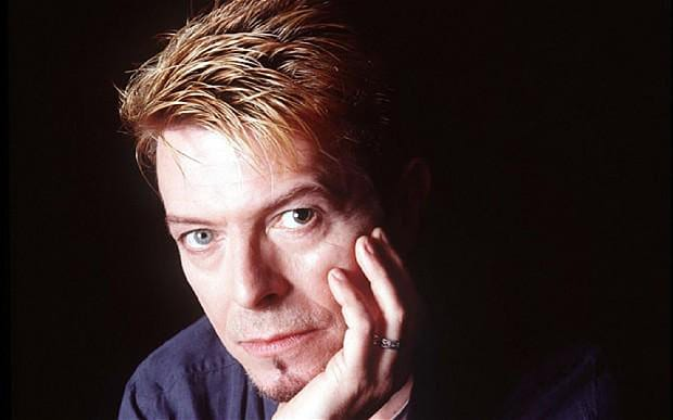 david_bowie_close-_3547206b