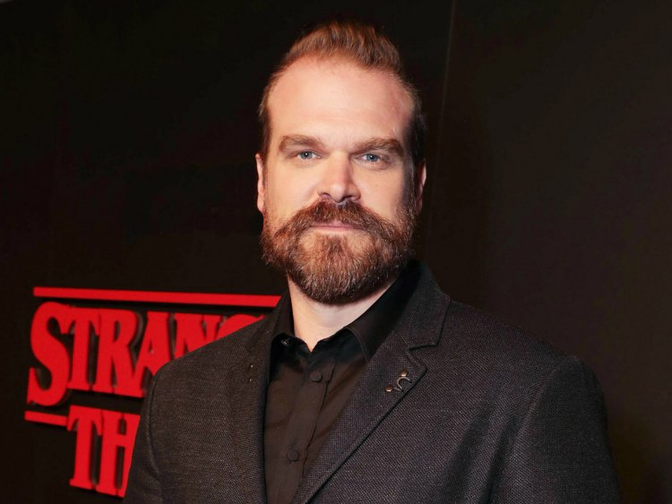 david-harbour-stranger
